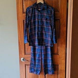 Victoria's Secret plaid, satin pajama set!